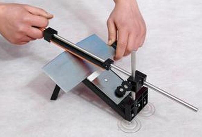 砂轮机和磨刀器的使用