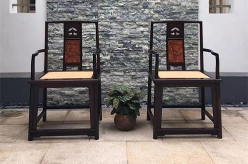 中国书法与古典家具的联系