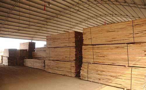 国外木材货源紧缩 或将推动国内木材价格上涨